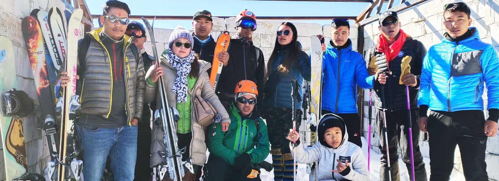 Ski in Mera Peak