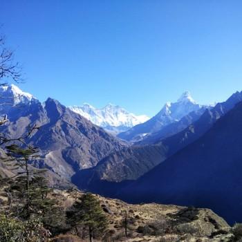 Beautiful Ama Dablam Mountain View on Everest Trekking