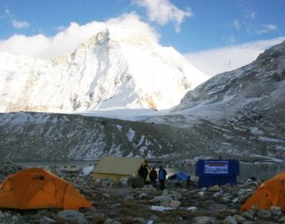 Makalu Sherpani Col Trek
